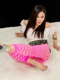 Stylish brunette Yuu Kazuki showing her tight young body for you to enjoy