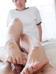 Yuka Shirayuki using her soft and big soles to make him explode all over them