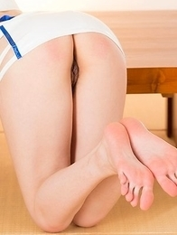 Hottie in white and blue Karen Kosaka using her perfect feet to make him cum