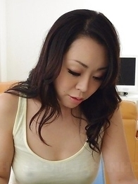 Yuna Yamami pleasures hairy pussy with shower