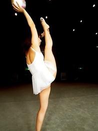 Miki Komori shows grace and flexibility in gymnastics moves