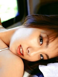Azusa Yamamoto with lustful curves loves outdoor activities