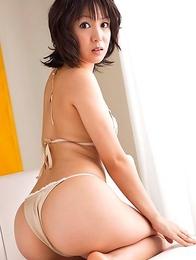 Nana Nanaumi shows hot behind and takes long socks off