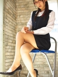 Noriko Kijima with specs and office suit is elegant and hot